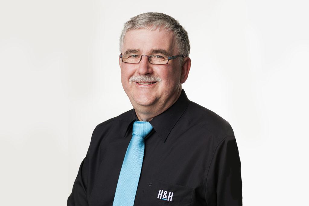 SW HuH Portrait Helmut Hoecherl
