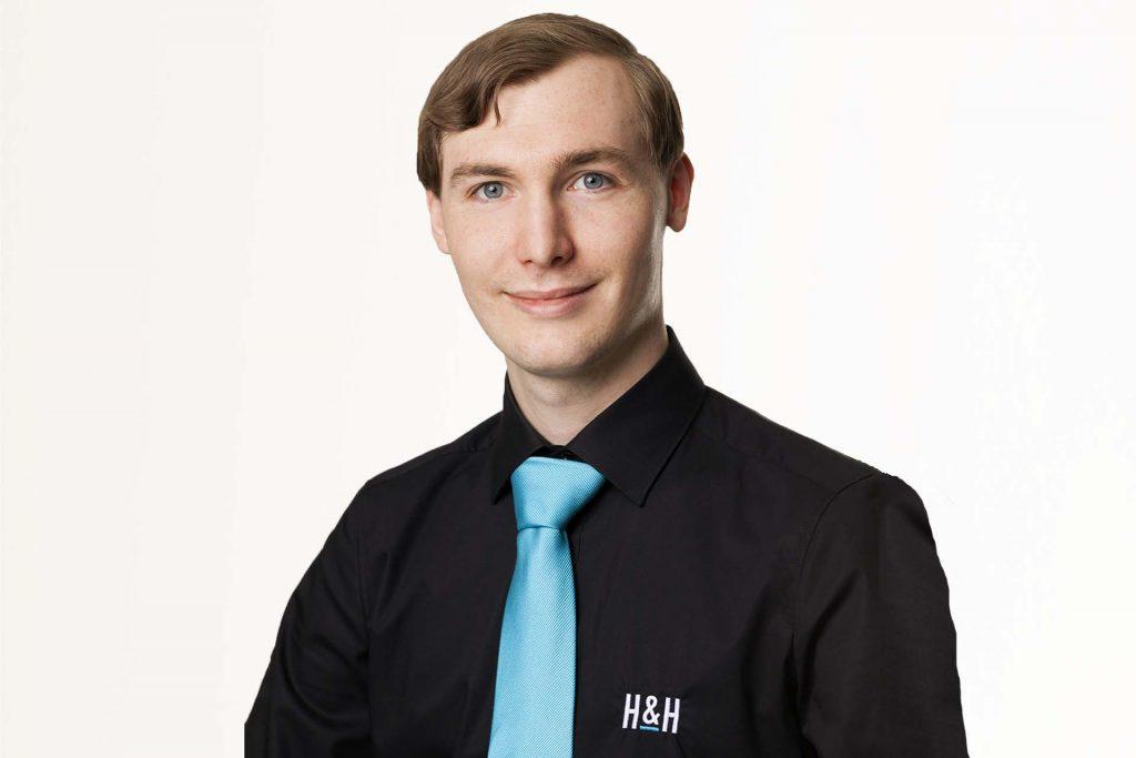 SW HuH Portrait Jonas Vogl 9484 quer